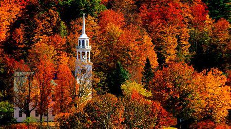 Vermont Autumn Background Wallpaper