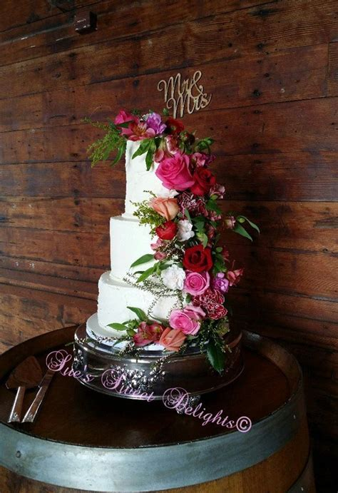 Sue's Sweet Delights Wedding Cakes Edmonton Easy Weddings