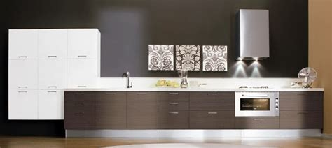 puertas closet  cocinas en madera cocinas en pvc