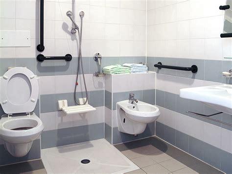 cr 233 ation salle de bain senior et handicap 233 la baule gu 233 rande
