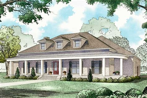 House Plans Front Porch by 3 Bed House Plan With 8 Front Porch And Upstairs