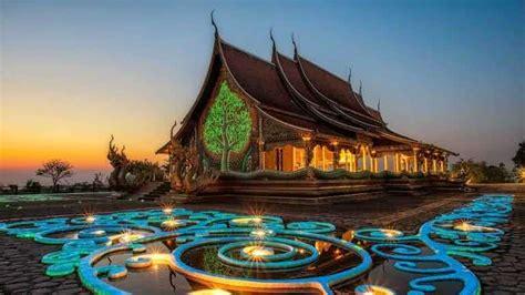 wat sirindhorn wararam phu prao buddhist temple ubon