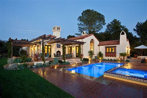 ranch style custom home exterior