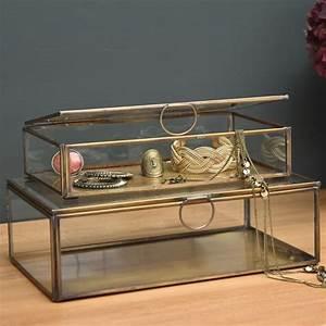 Boite A Bijoux Verre Et Laiton : boite vitrine par 2 en verre et laiton boite bijoux ~ Teatrodelosmanantiales.com Idées de Décoration