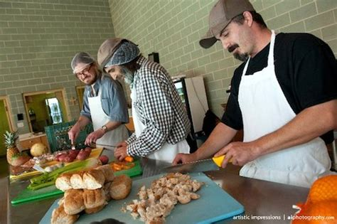agape table serving  thanksgiving feast   city