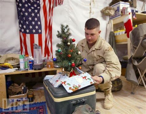 weird stuff service members   deployed  christmas