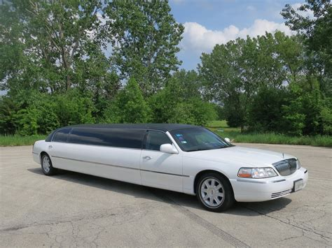 Town Car Limousine by Lincoln Town Car Stretch Limousine 10 Passenger