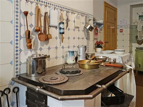 cuisine la file la cuisine musée dart nouveau riga 7563655820