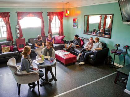 Best Youth Hostels Best Youth Hostels In Los Angeles Cbs Los Angeles