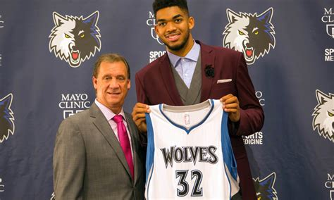 karl anthony towns  wear flip saunders wedding ring