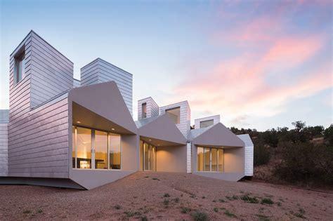 Passiveaggressive Design When Sustainability Shapes