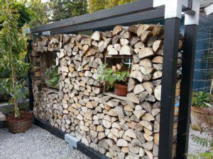 Holz Stapeln Garage by Brennholz Richtig Lagern So Geht S Wipps 228 Ge Ratgeber