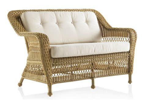 canapé en résine tressée canapé de jardin 2 places en résine tressée miel brin d