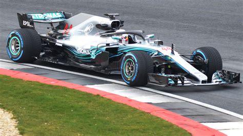 «Формула-1» в ОАЭ 2018: даты Гран-При Абу-Даби, цены билетов