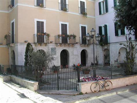 Il Cortile Pescara by File Pescara Cortile Retro Casa Natale D Annunzio Jpg