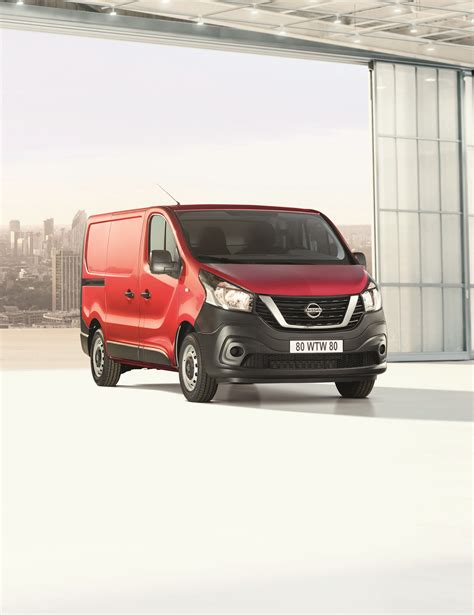nissan revisite les fourgons nv  nv  today