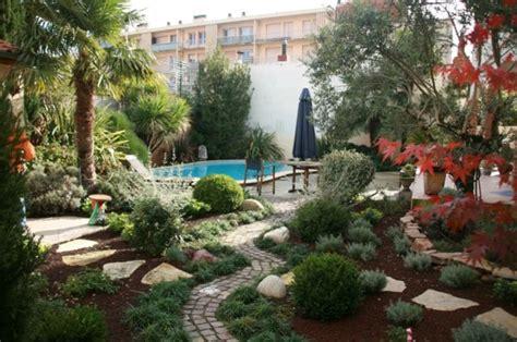 amenagement jardin avec piscine 8 photo am 233 nagement paysager des id 233 es et des conseils