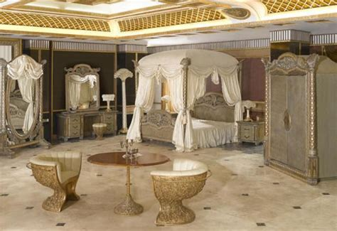 italian luxury bedding ensembles furniture  qatar