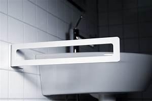 Handtuchhalter Weiß Metall : handtuchhalter radius design ~ Markanthonyermac.com Haus und Dekorationen