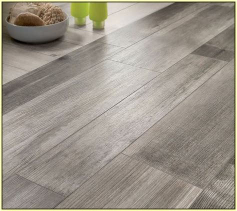 grey ceramic wood tile grey wood grain ceramic tile roselawnlutheran