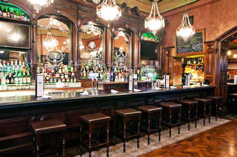 pub cuisine client x pub on restaurant interior