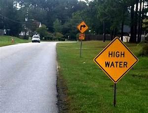 Hurricane Matthew could bring 'life-threatening' flooding ...