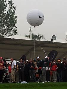 Rory McIlroy Practices In China Under NIKE Banner Golf