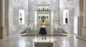 Maison Christian Dior : christian dior designer of dreams maison dior ~ Zukunftsfamilie.com Idées de Décoration