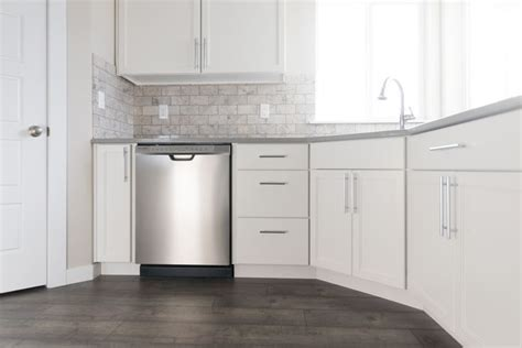 kitchen cabinets price best 25 engineered countertops ideas on 3181