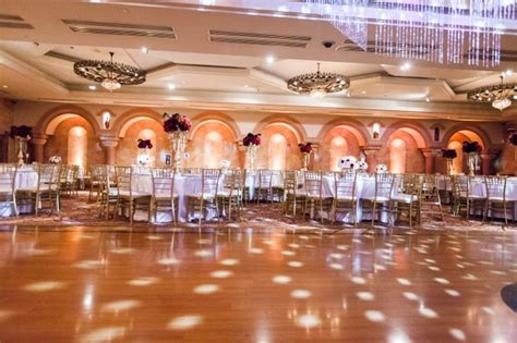 Epic Los Angeles Wedding That Delivers The Glitz & Glamour