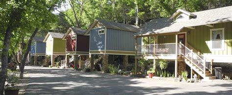All Seasons Treehouse Village In Eureka Springs