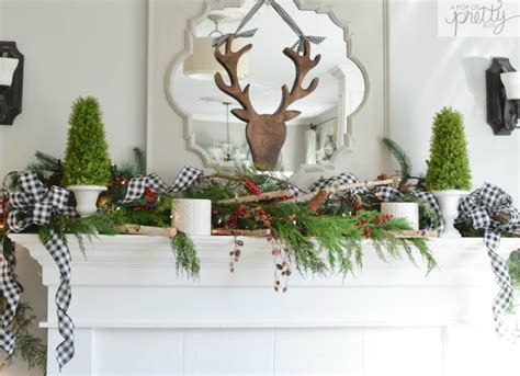 Red Plaid Cottage Christmas