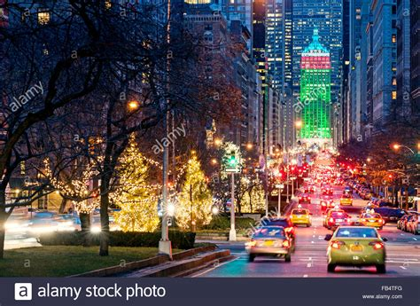 new york streets park avenue new york city christmas