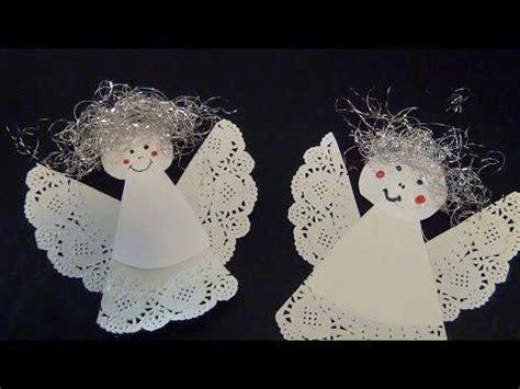 Fensterdeko Weihnachten Engel by Einen Engel Aus Tropfdeckchen Basteln Weihnachten Kiga