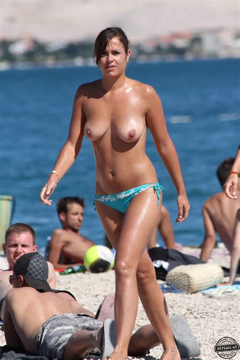 Beach Perfect Tits Voyeur Videos