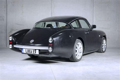 New Cars That Look Retro by Retro Electric Sports Car Looks Like A Vw Karmann Ghia But