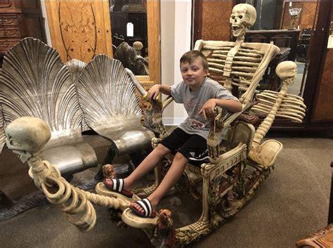 foto de My nephew found the skeleton chair from the caffeine meme