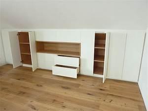 Regalbrett Weiß Hochglanz : einbauschrank in dachschr ge und eiche korpus ~ Frokenaadalensverden.com Haus und Dekorationen