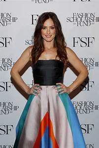 MINKA KELLY at Fashion Scholarship Fund Gala in New York ...