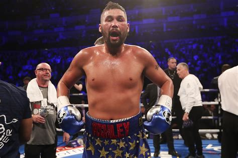 Tony Bellew talks homeless gesture, gives Wilder v Fury ...
