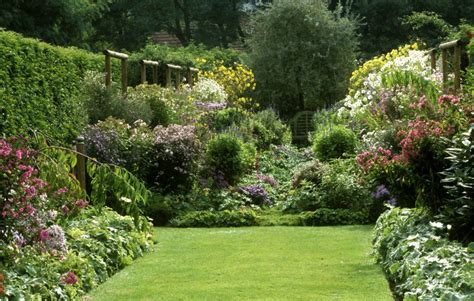 country gardens how to grow and english country garden