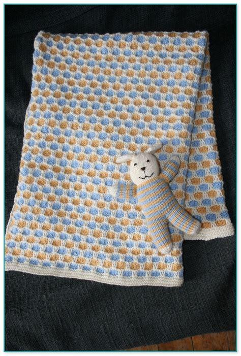 decke für baby häkeln welche wolle f 252 r babydecke stricken
