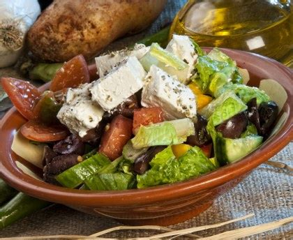 cuisine libanaise recettes salade libanaise fattouche à la feta recette de salade