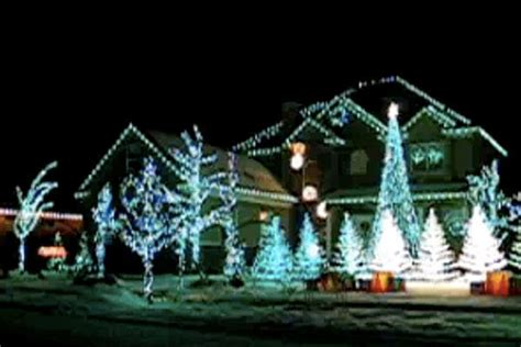 extra thing for your home outdoor christmas light display 15 magnificent musical outdoor