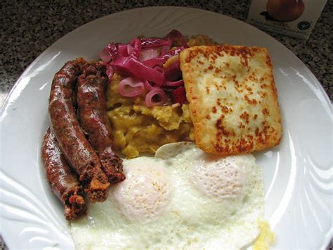 dominican breakfast flickr mangu dominicano desayuno cheese fried sausage longaniza queso food pro