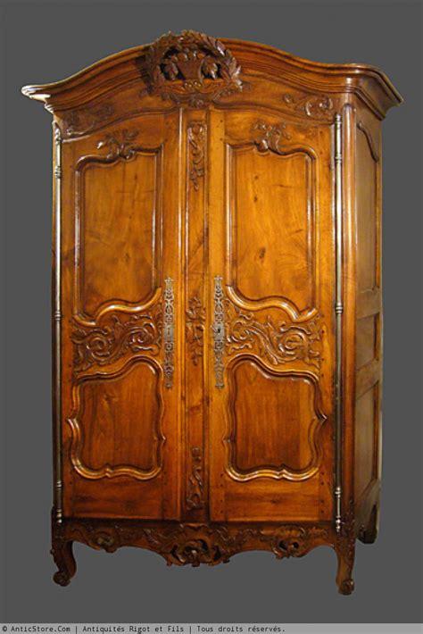 armoire provencale xviiie siecle