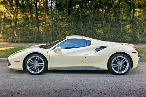 488 Spider Photo by 2018 488 Spider One Week Review Automobile Magazine