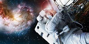 Astronauts as filmmakers in the making of Hubble 3D - IMAX ...