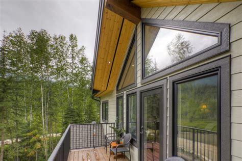 revelstoke coach house timber frame design streamline design