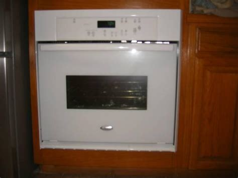 whirlpool   electric wall oven price reduced  sale  whitehouse texas classified